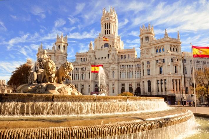 코로나 사태에 통수맞은 스페인.jpg